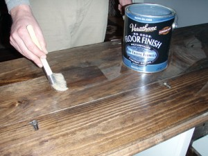 Polying The Desk With Varathane