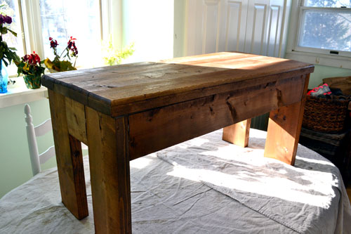 Classic American Stained Bench