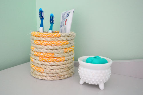 Rope And Bakers Twine Toothbrush Holder