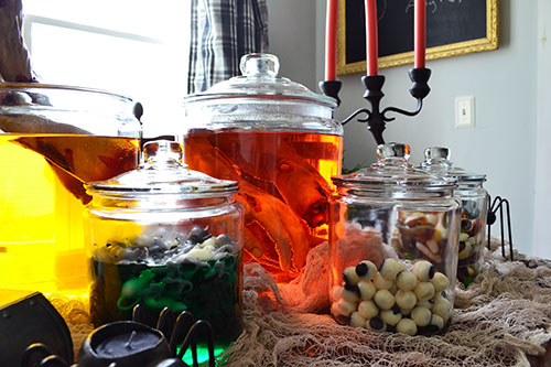 Use Glass Jars As Halloween Decor